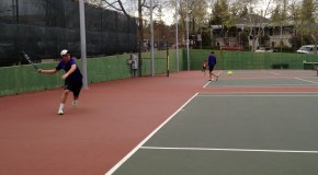 Men's varsity tennis crushes Arroyo, 7-0