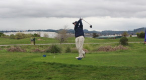 Men's JV and varsity golf swing into spring season