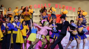 OMG 'Legally Blonde' like, totally dazzles audiences